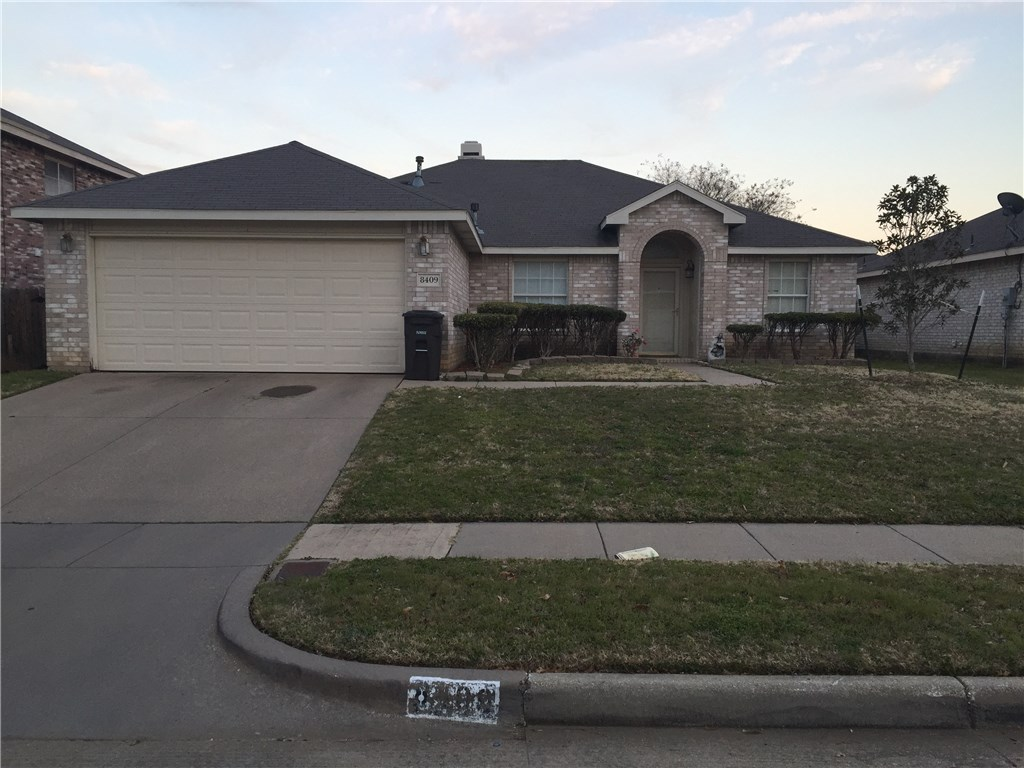 8409 Prairie Rose Fort Worth TX 76123