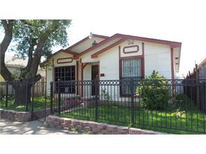 9916 Hustead St, Dallas TX