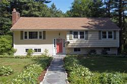 54 Colonial Road, Medfield, MA  02052
