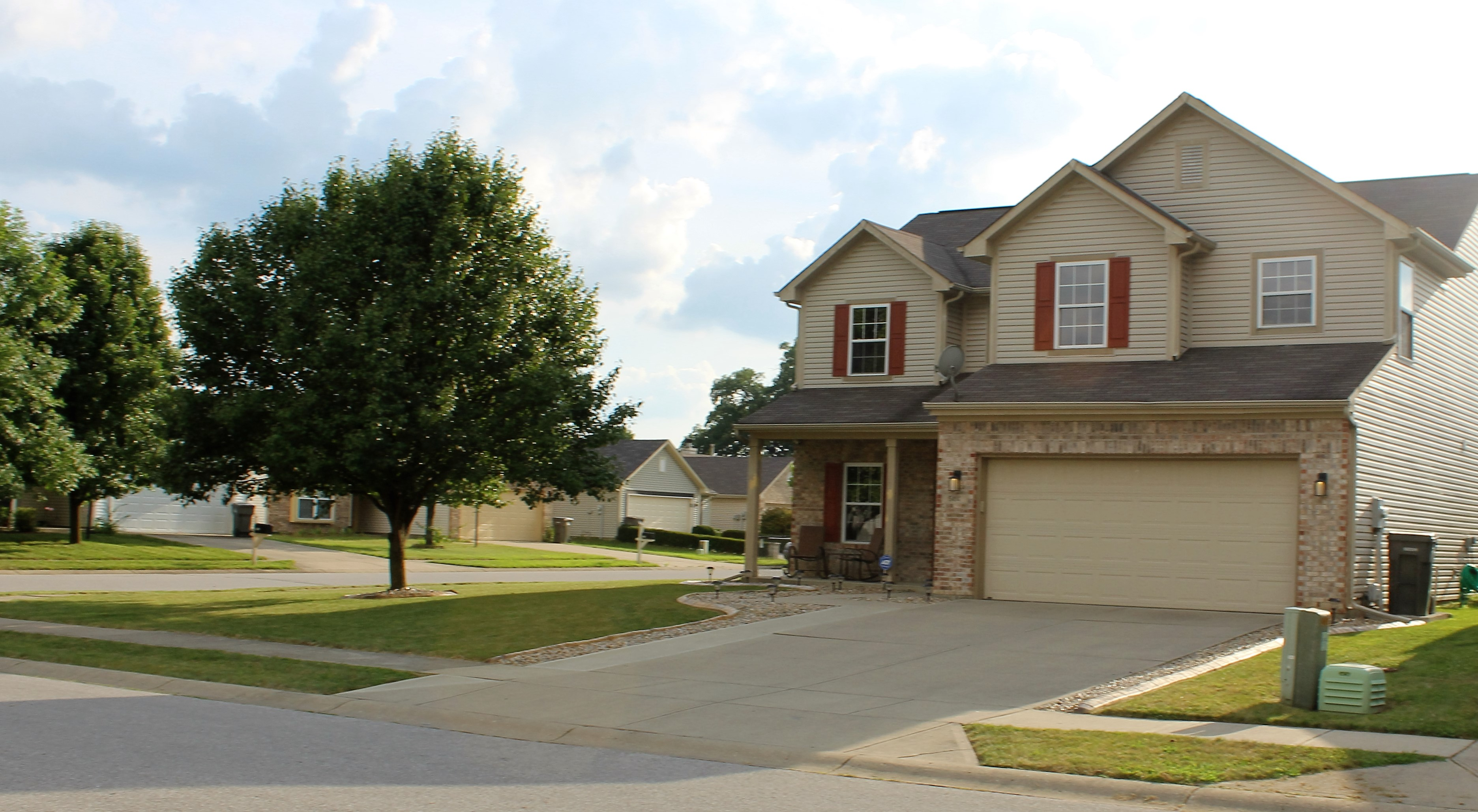 5414 Rocky Mountain Dr, Indianapolis, IN 46237