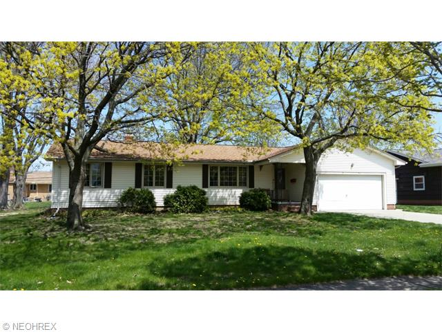 15848 Maureen Dr, Middleburg Heights, OH 44130-4850
