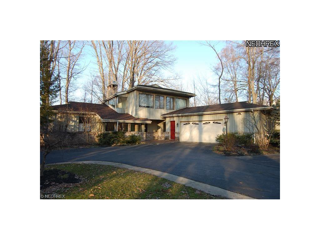 2865 N Park Blvd, Cleveland Heights, OH 44118-4030