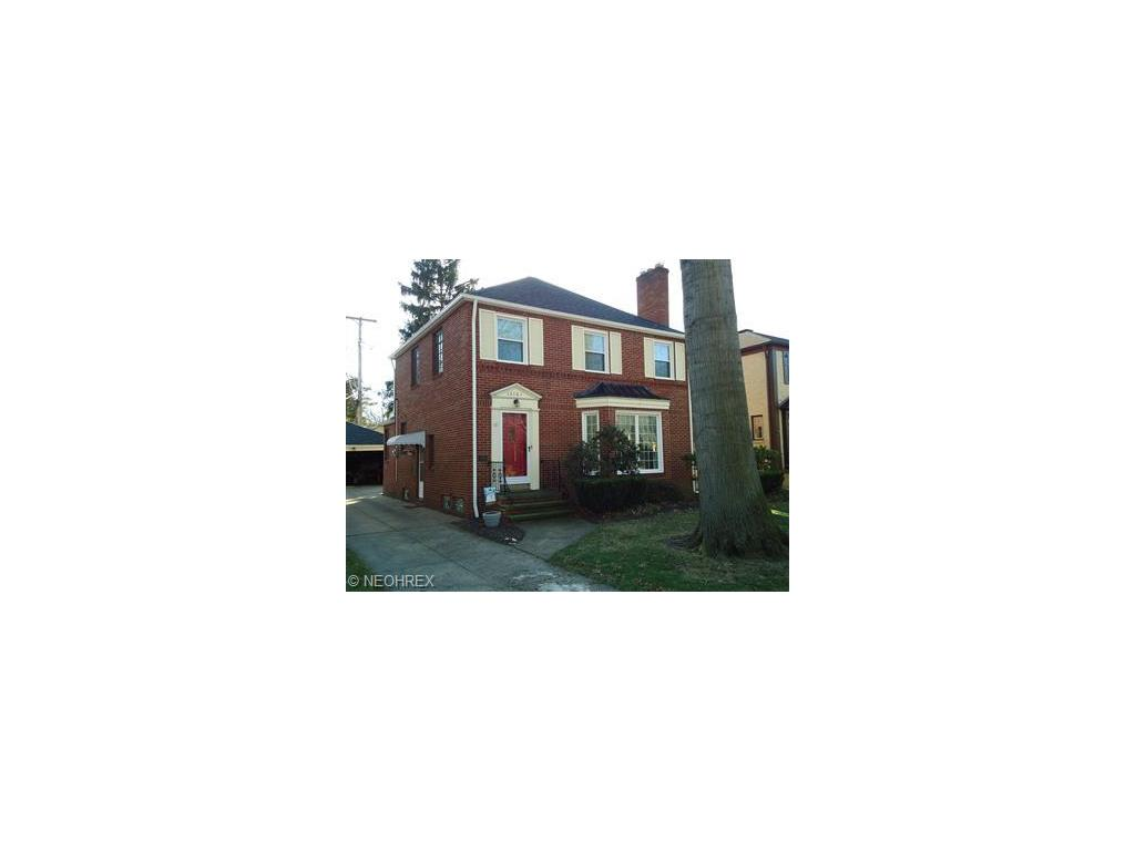 16101 Edgecliff Ave, Cleveland, OH 44111-1952