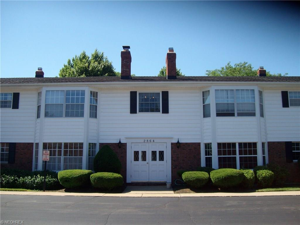 2864 Pease Drive #101, Rocky River, OH 44116