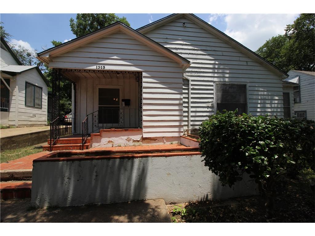 1325 W Chestnut Street Denison, Texas 75020