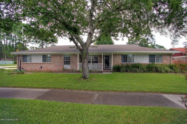 9105 Runnymeade Road, Jacksonville, FL 32257