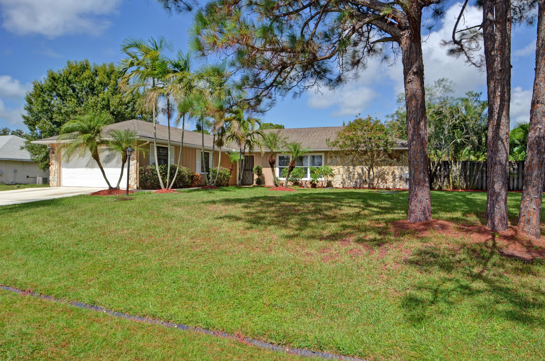 1325 SE Laconia Lane, Pt St Lucie FL 34983