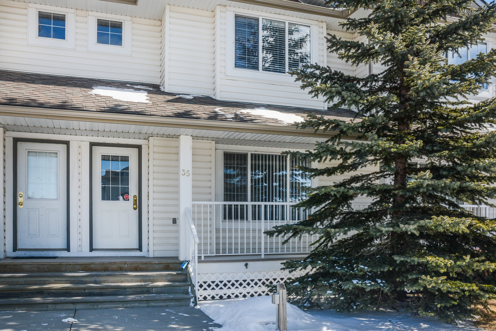 35, Stonegate drive Airdrie Ab.