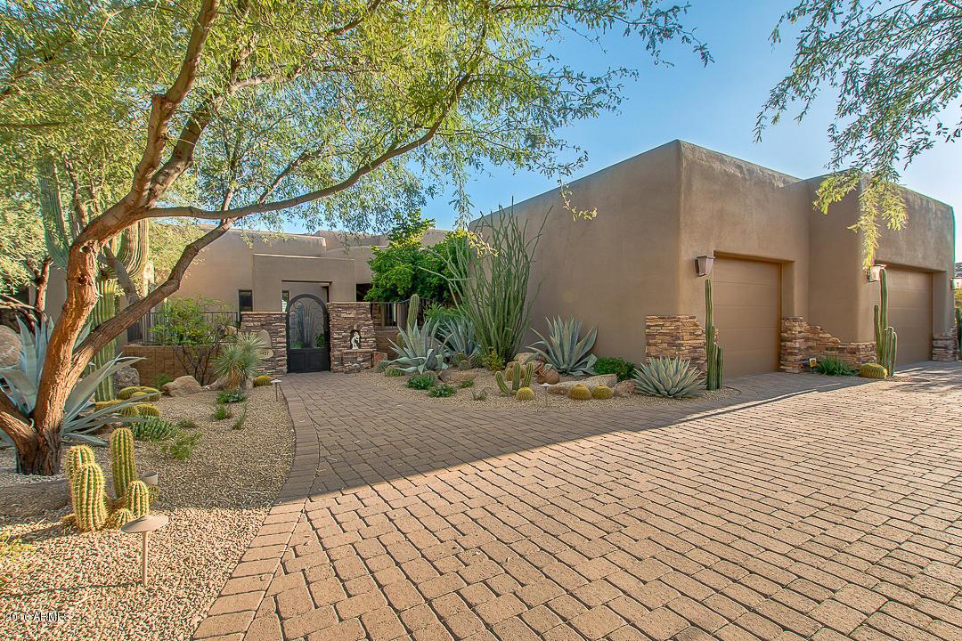 9927 E Chuckwagon Lane, Scottsdale, AZ 85262
