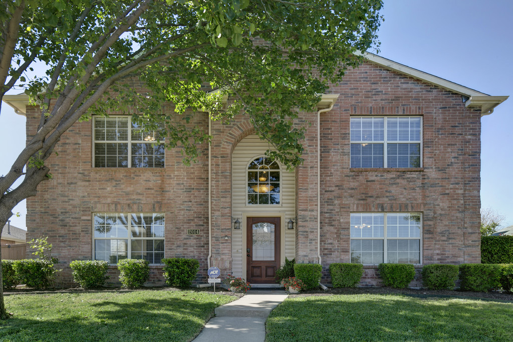 2014 Topaz Drive, Carrollton, TX 75010