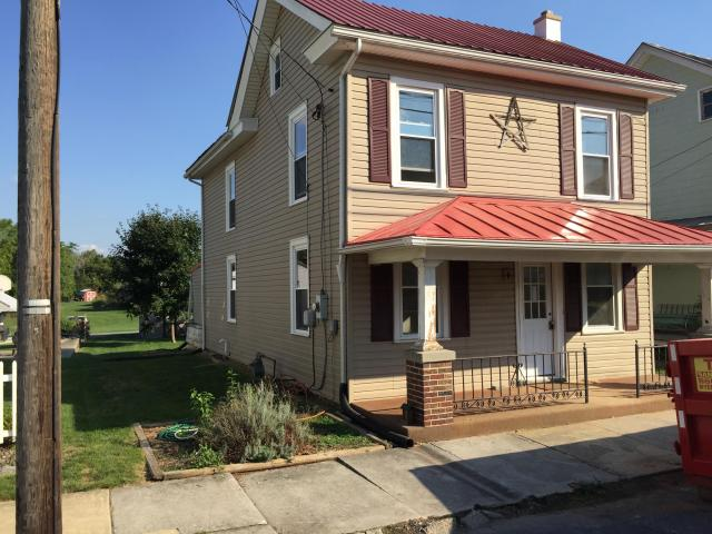 18 N Race St, Richland, PA 17081