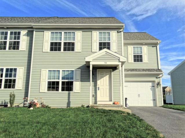 54 Silver Maple Cr, Ephrata, PA 17522