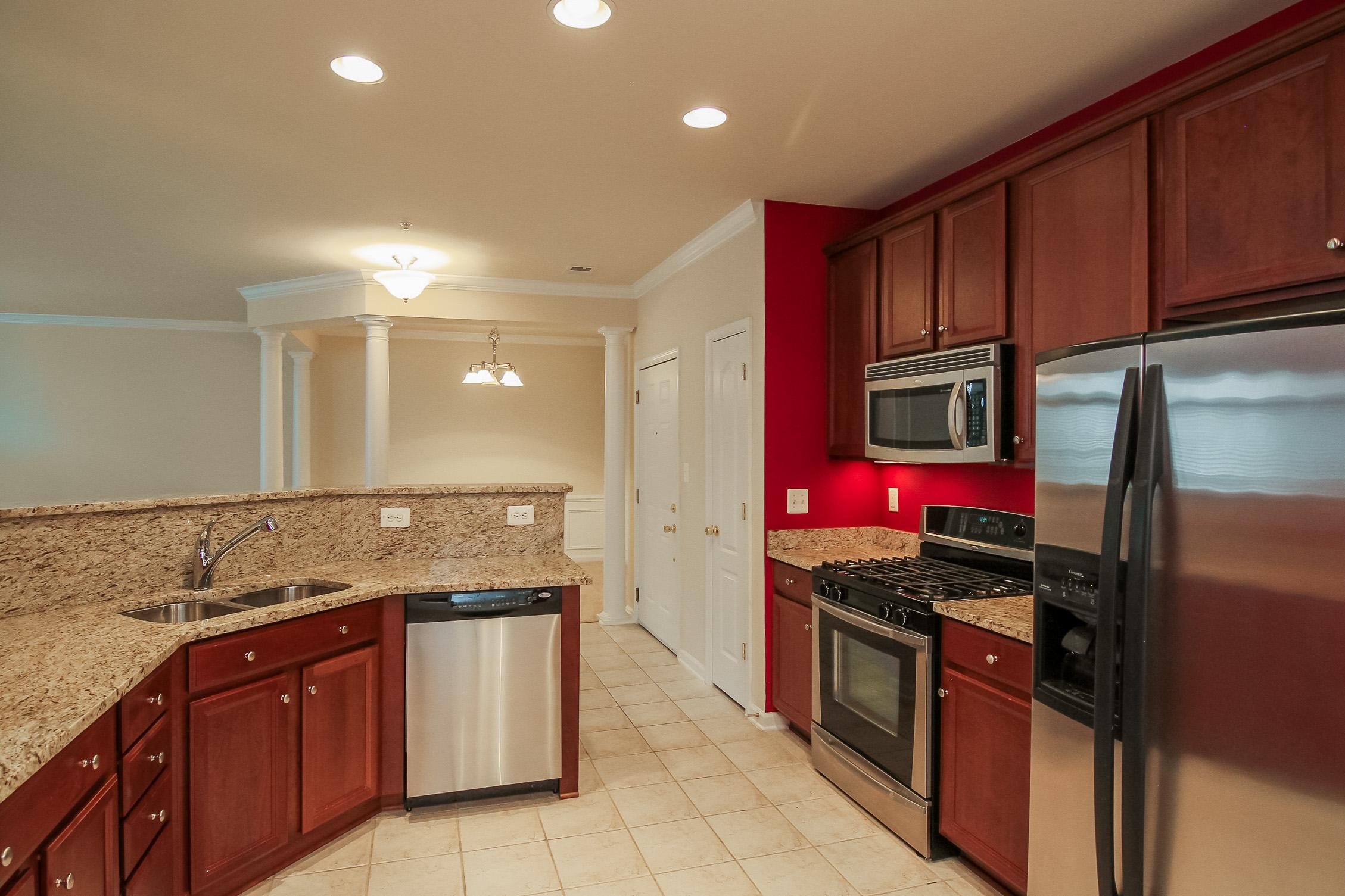 9722 Holmes Place #306B Manassas Park, VA 20111