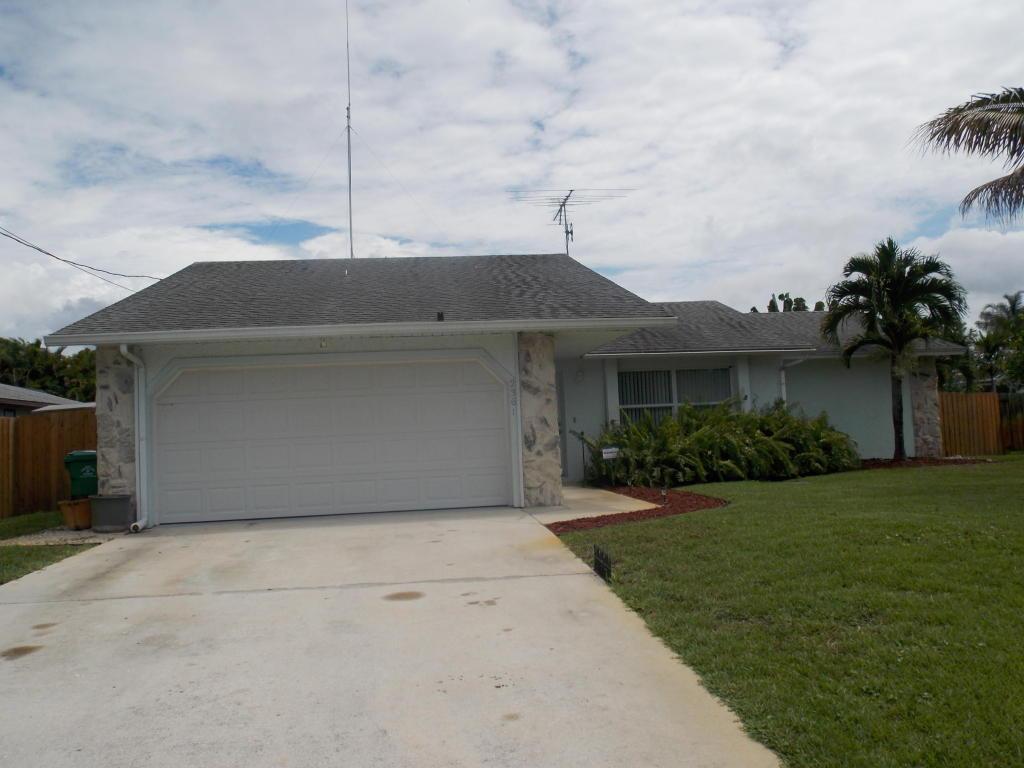 2361 SE CALCUTTA, Port St. Lucie, FL