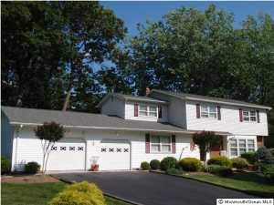 3 Helena Court, Morganville, NJ