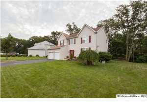 10 Cecilia Court, Howell, NJ