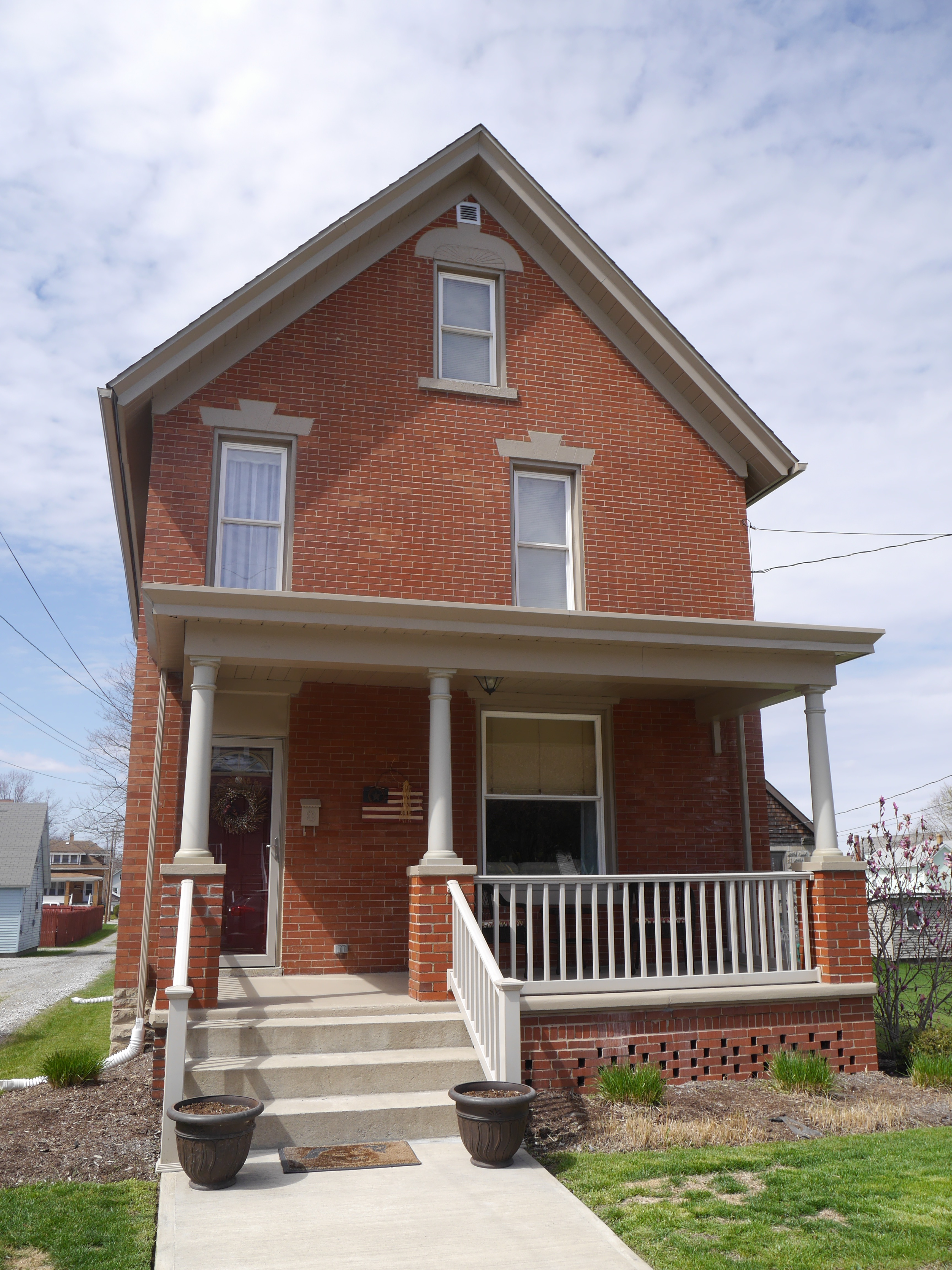 514 W Third Ave Derry, PA 15627