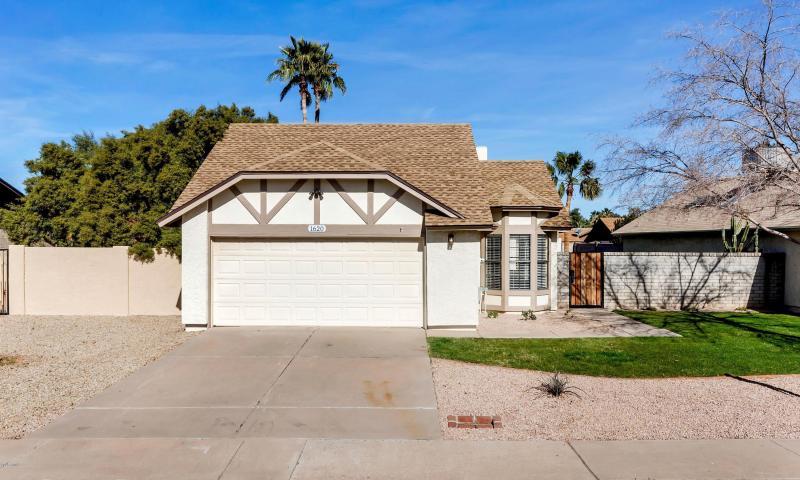 1620 E Juanita Ave  Mesa, AZ 85204