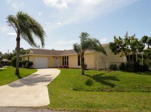 202 SW Pagoda Terrace, Port Saint Lucie, FL 34983