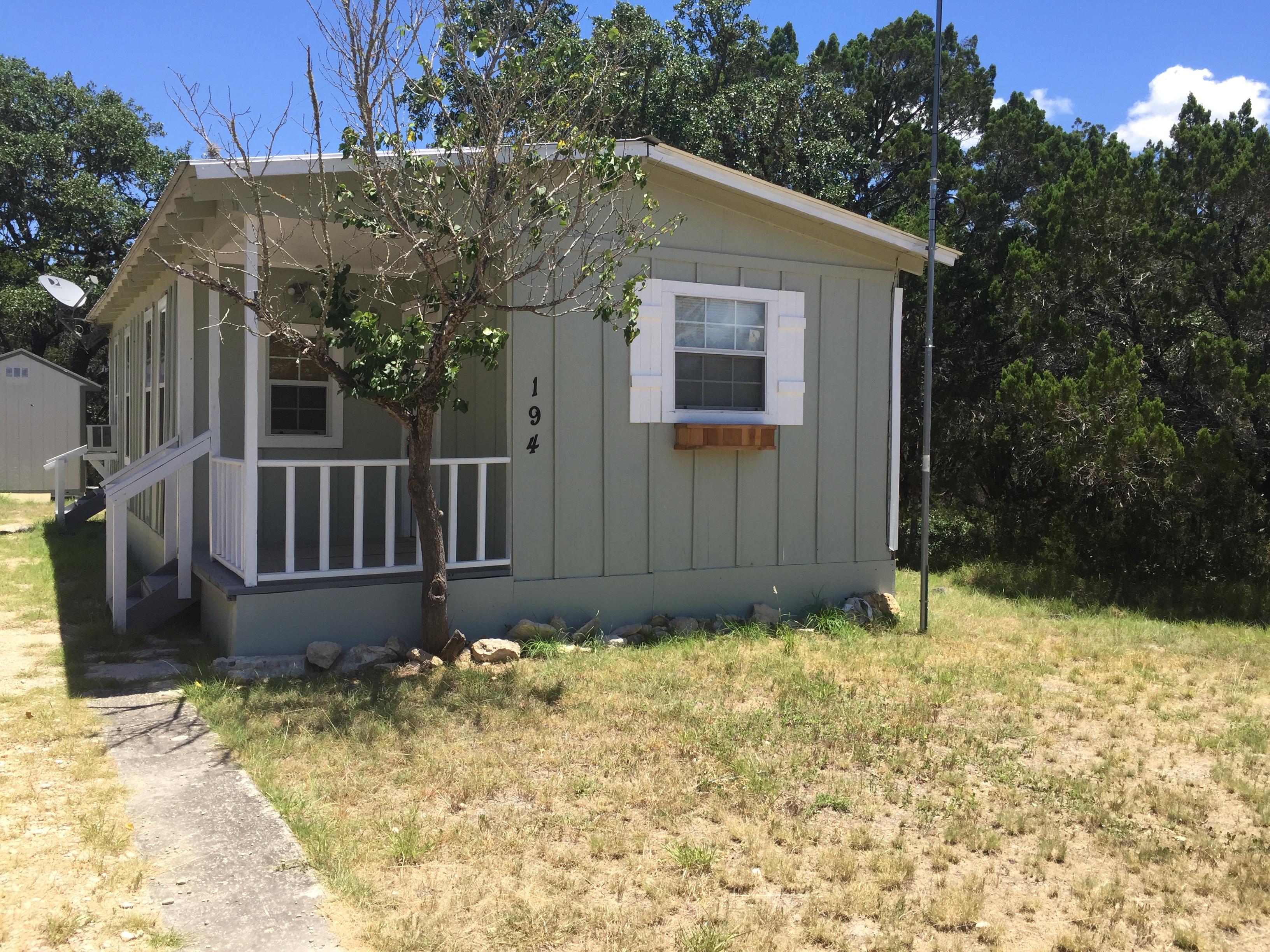 194 Wyatt Earp Dr, San Antonio, TX 78003