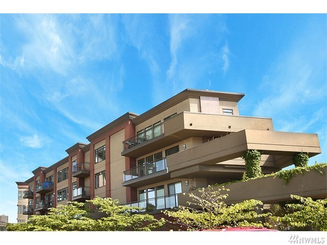 3217 Eastlake Ave E #209, Seattle 98102