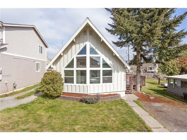 4430 S Camano Place, Seattle 98118