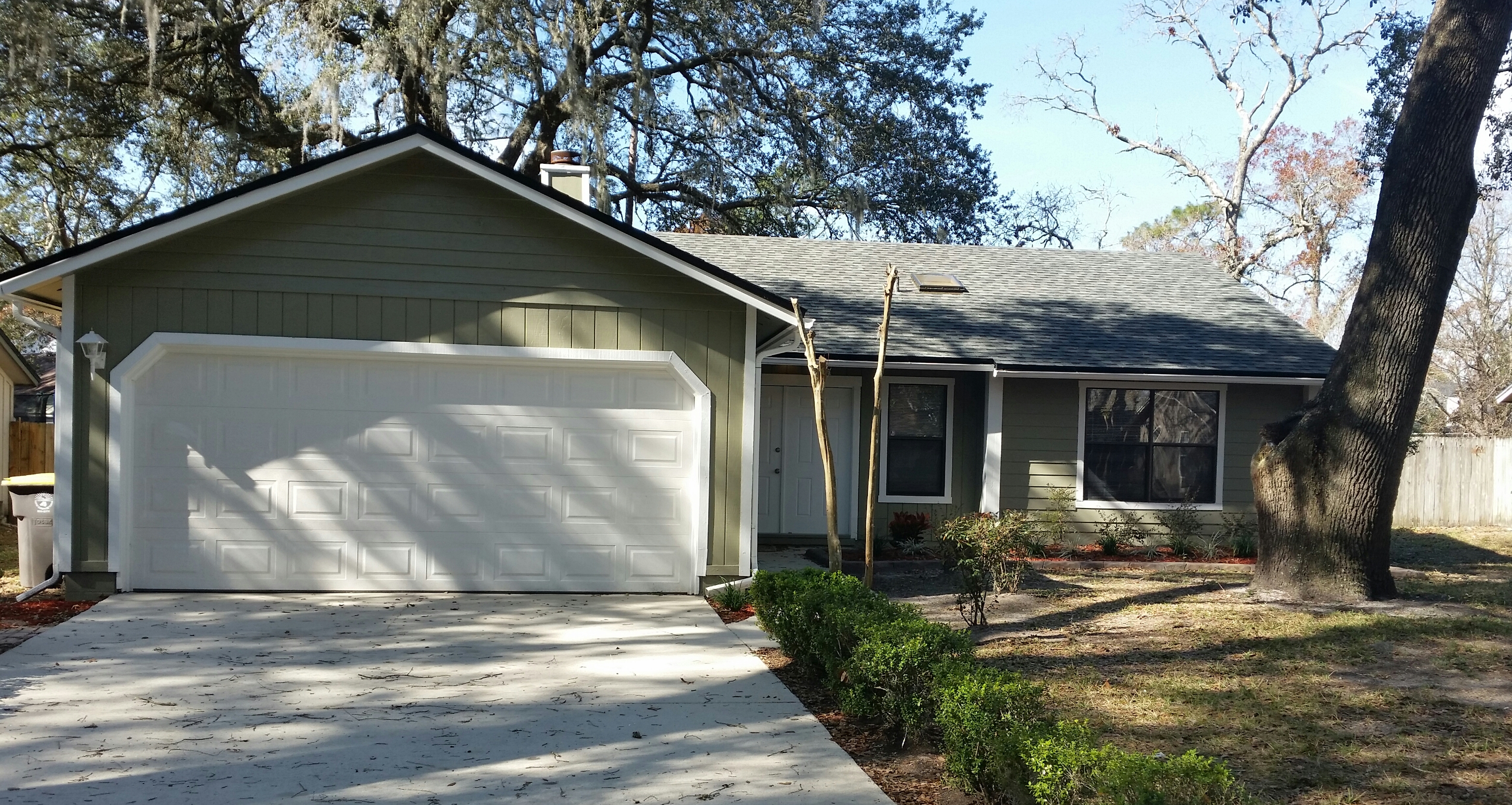 8536   CROSS TIMBERS DR West , JACKSONVILLE , FLORIDA ; 32244