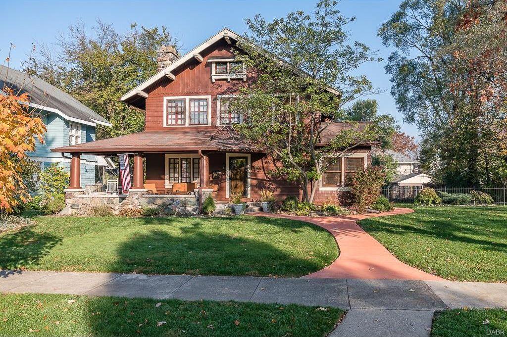 303 Volusia Avenue Oakwood, OH 45409