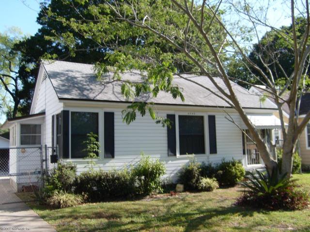 4743    ATTLEBORO ST , JACKSONVILLE , FLORIDA ; 32205
