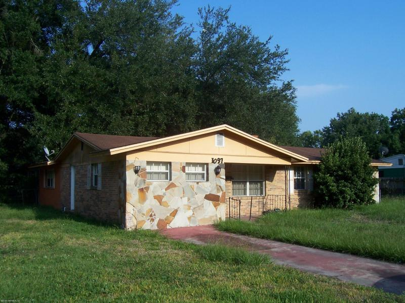 1097    ONTARIO ST , JACKSONVILLE , FLORIDA ; 32254