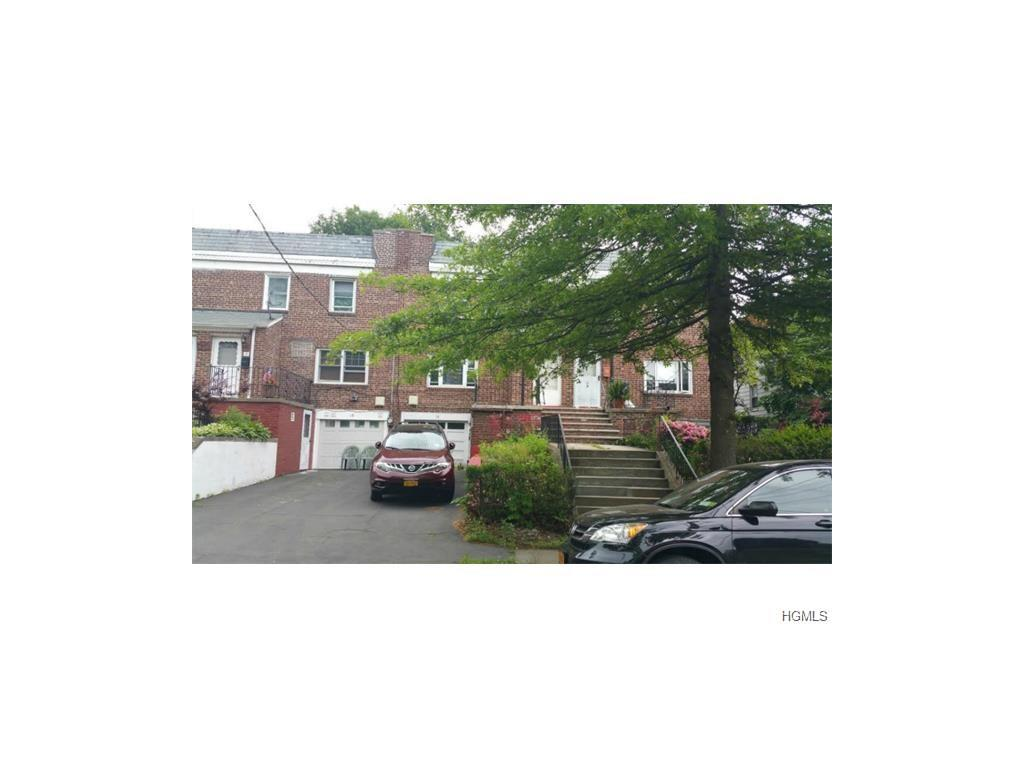 16 Gavin Street, Yonkers, NY 10701