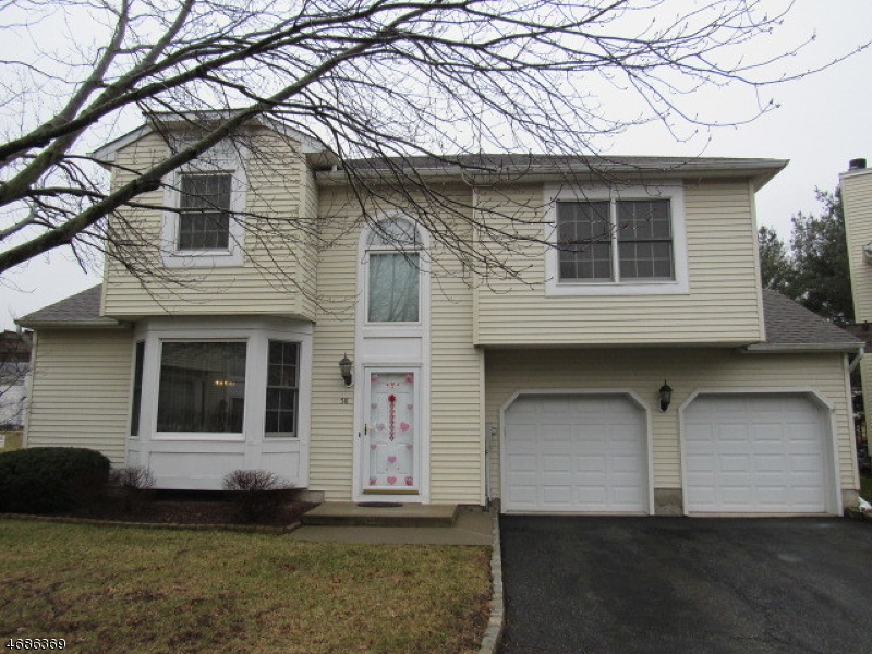 58 Colby Ct
