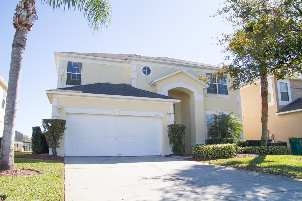 943 Lake Berkley Drive, Kissimmee, FL