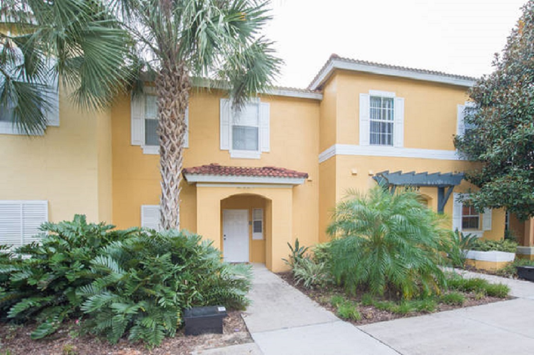 8439 Crystal Cove Loop, Kissimmee, FL
