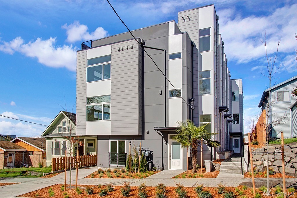 831-A 29th Ave S Seattle, WA 98144