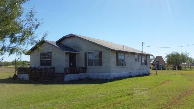 13594 Ratliff Rd Santa Rosa, Tx
