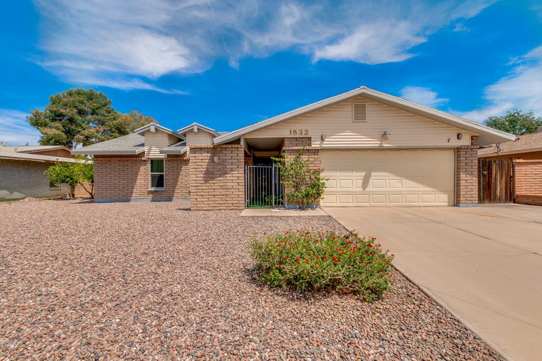1532 W PLANA Avenue, Mesa, AZ 85202