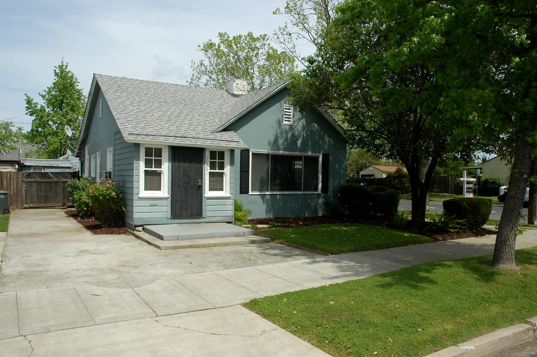 3031 U St. Sacramento, CA 95817