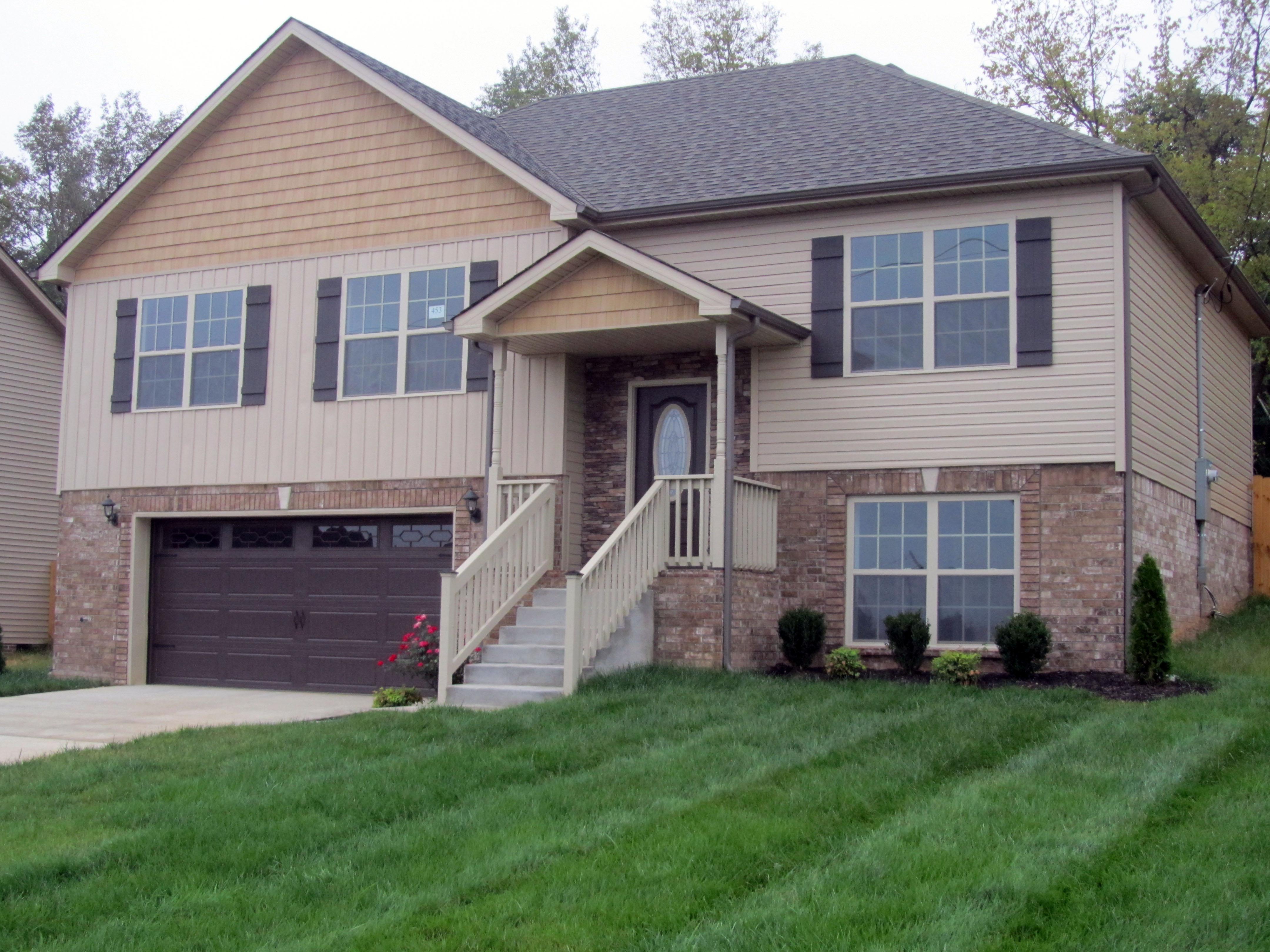 3457 Bradfield Road Clarksville, TN 37042