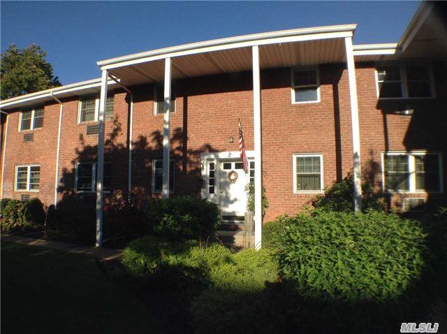 297 Merrick Rd, Amityville, NY 11701