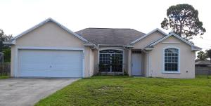 2255 SW Plymouth Street, Port Saint Lucie, FL 34953