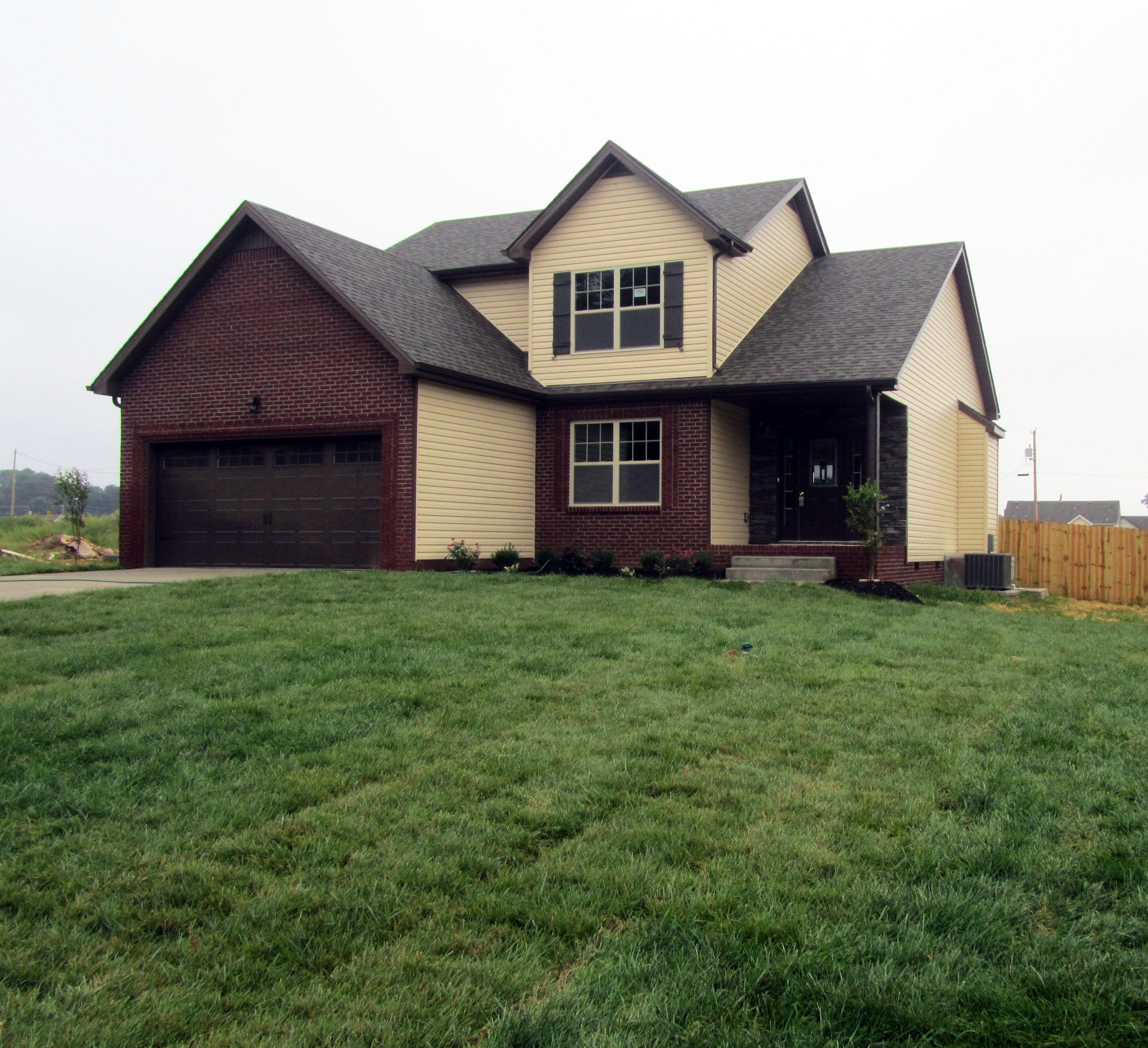 3452 Bradfield Drive Clarksville, TN 37042