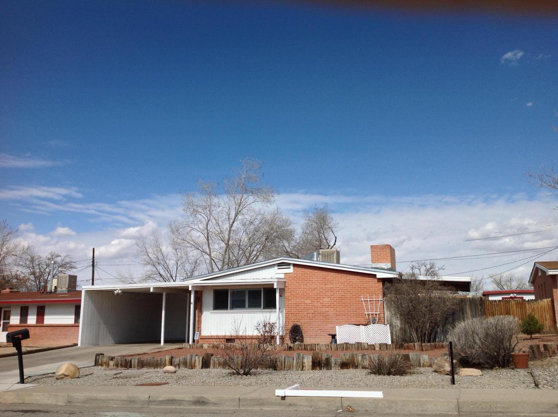 9013 Shoshone Road NE