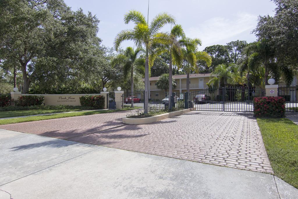 966 La Costa Circle Unit 6 Sarasota FL