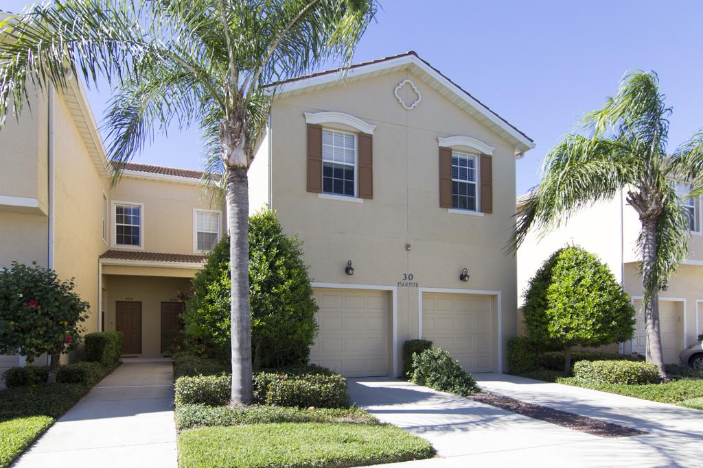 3570 Parkridge Circle, Sarasota FL 34243