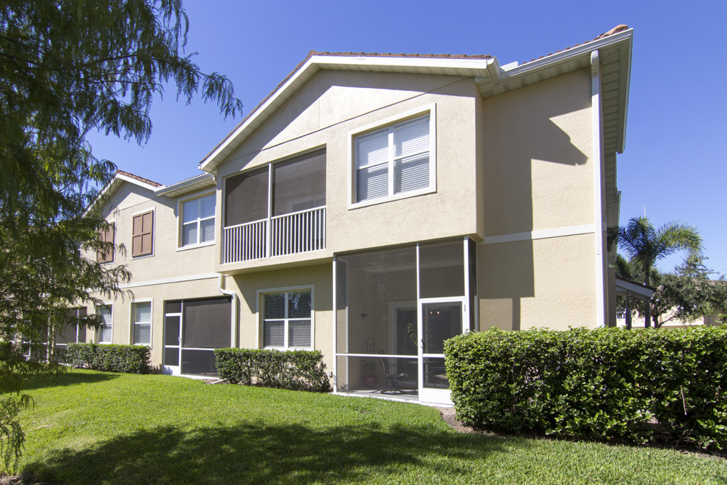 3673 Parkridge Circle, Sarasota FL 34243