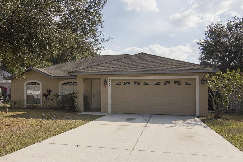2738 Feiffer Circle, Sarasota FL 34235