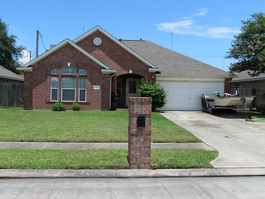 2817 32nd Ave N Texas City, 77590