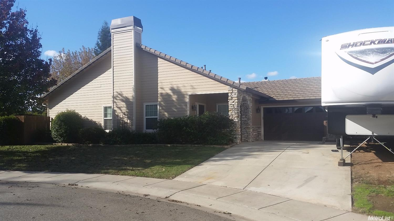 521 Star Ct, Wheatland, CA 95692