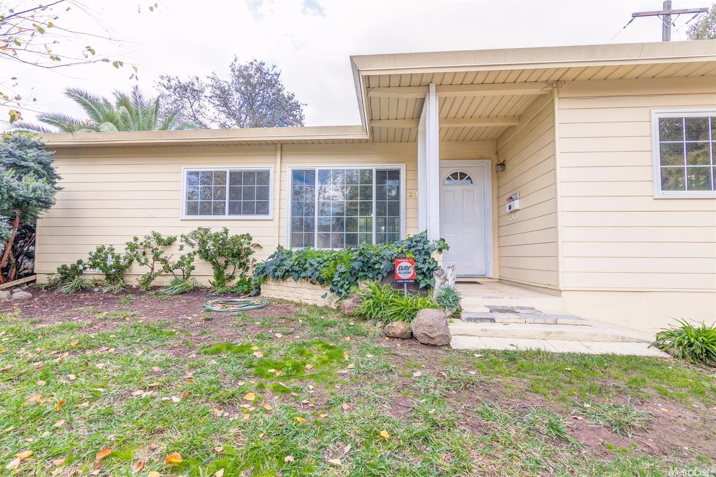 2336 Santa Anita Dr, Sacramento, CA 95825